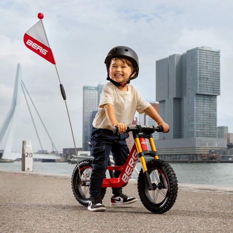 δείτε ποδήλατα ισορροπίας για αγόρια όπως το Berg Biky Cross Red